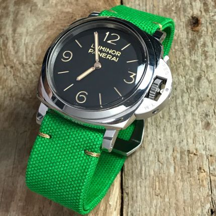 Apple Green Rolled Canvas Strap